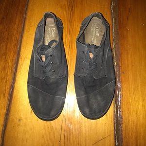 Toms shoes size 10W